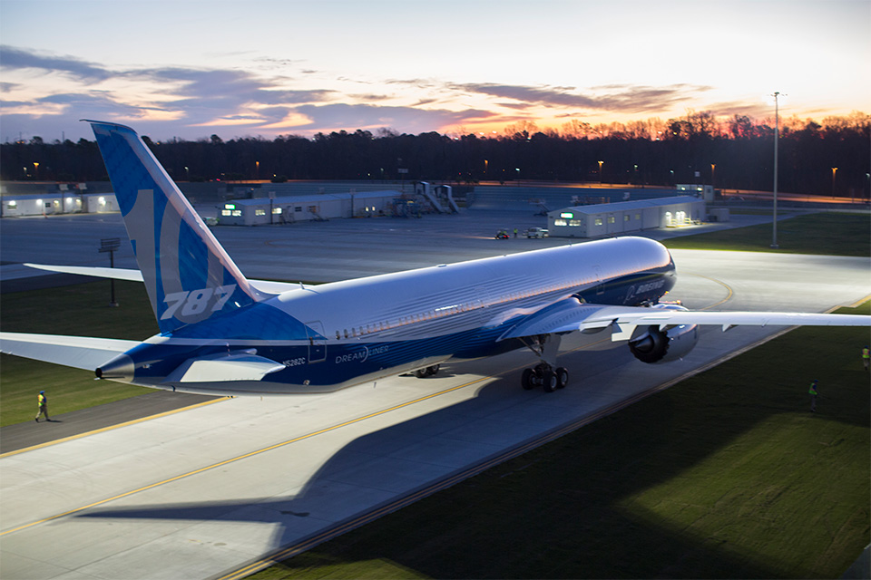 Boeing 787-10 Dreamliner Roll-out